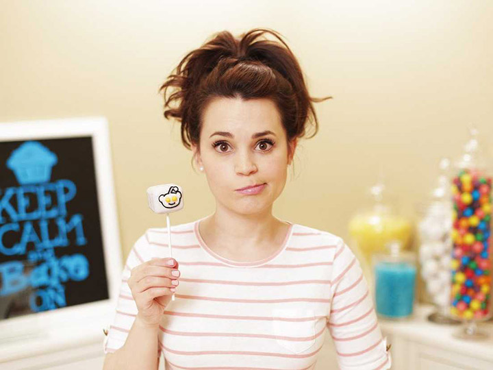 nerdy-cook-rosanna-pansino-has-figured-out-how-to-go-super-viral-without-even-trying