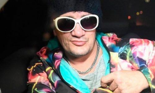 Devastado: Las primeras fotos de Pity Álvarez en el psiquiátrico de Ezeiza